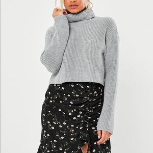 NWOT MISSGUIDED PETITE ROLL NECK SWEATER